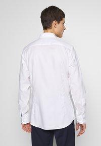 Hackett London - ROYAL OXCONTRAST - Košile - white - 2