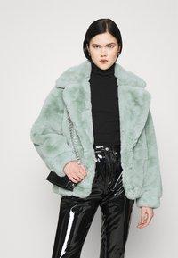 Sixth June - OVERSIZE SHORT JACKET - Winter jacket - green - 5