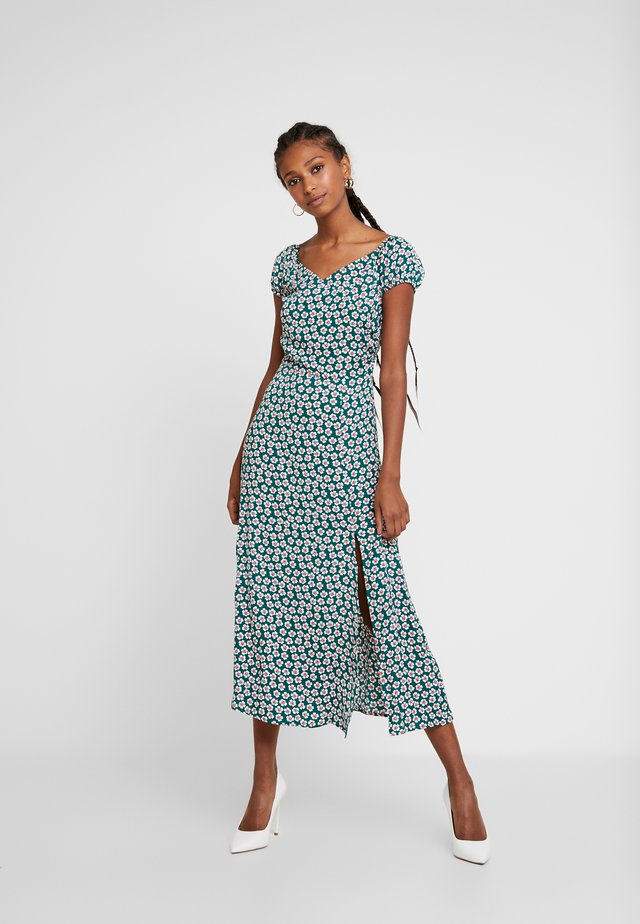 OFF SHOULDER MAXI DRESS - Jersey dress - green