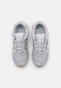 New Balance - WL574 - Sneakers - grey - 5