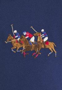 Polo Ralph Lauren - CUSTOM SLIM FIT TRIPLE-PONY POLO SHIRT - Koszulka polo - freshwater - 6