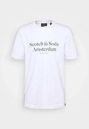 ARTWORK TEE - Print T-shirt - white