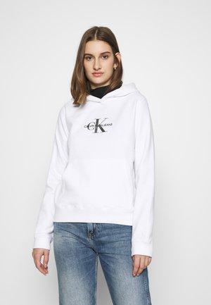 GLITTER MONOGRAM HOODIE - Bluza z kapturem - bright white