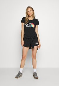 The North Face - RAINBOW TEE - T-shirts med print - black - 1