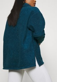 Nike Performance - COZY COWL - Fleece jumper - valerian blue heather/metallic silver - 3