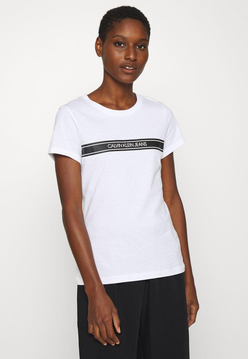 Calvin Klein Jeans - STRIPE SLIM TEE - Print T-shirt - bright white