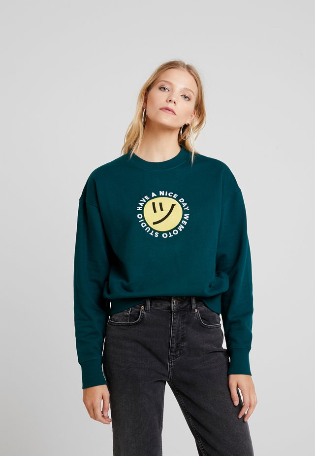 NICE CREW - Sweatshirt - dark green