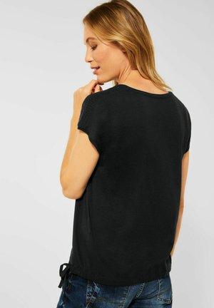 SHIRT MIT SMOK-DETAIL - Basic T-shirt - black