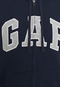 GAP - ARCH - Zip-up hoodie - tapestry navy - 2
