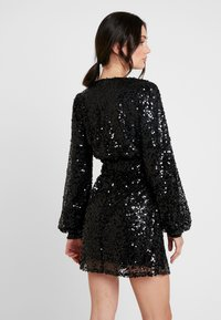 Nly by Nelly - PUFFY SLEEVE SEQUIN DRESS - Vestito elegante - black - 2