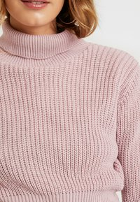 Glamorous - CROP ROLL NECK - Sweter - dusty pink - 5
