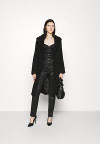 New Look - CARLEY DIAMANTE DETAIL - Blouse - black - 1