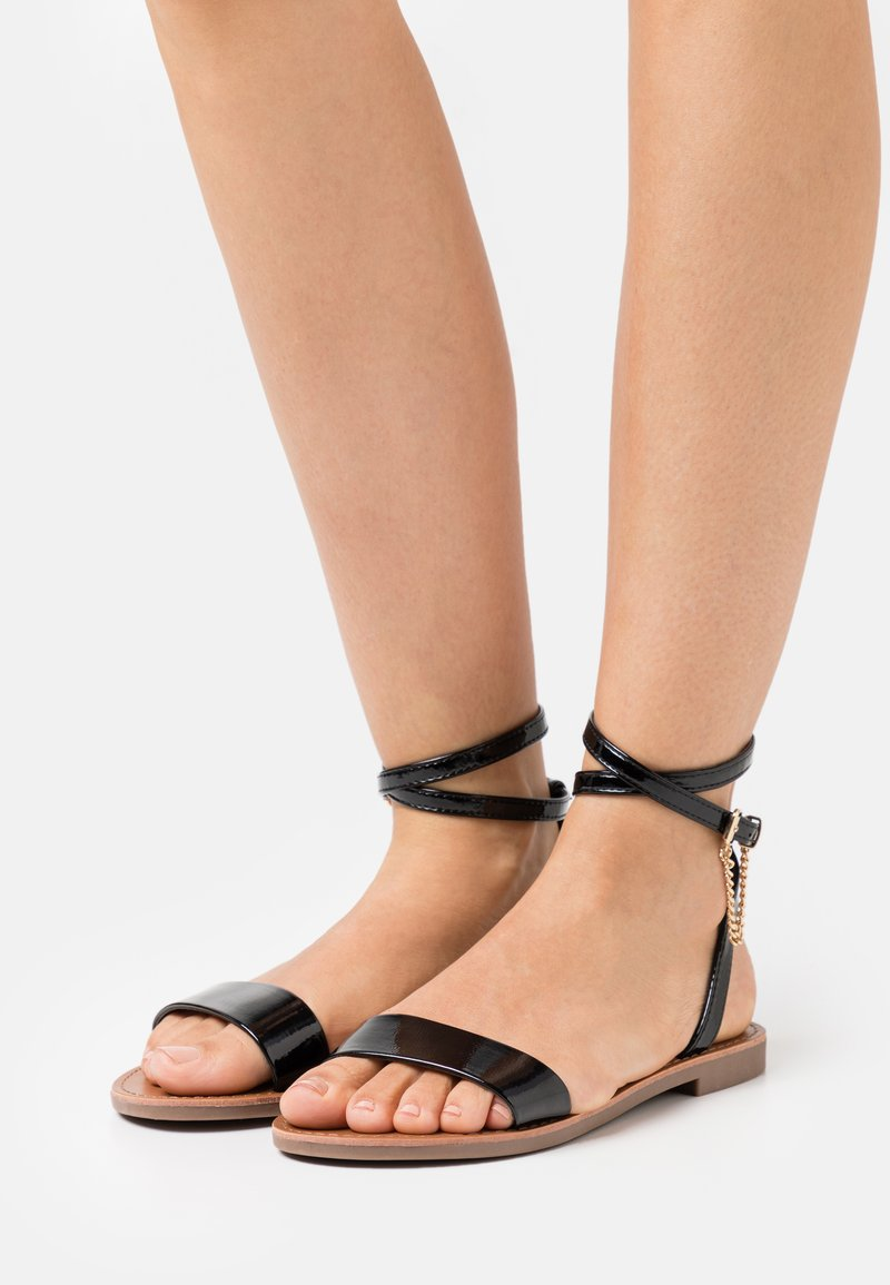 ONLY SHOES - ONLMELLY CHAIN  - Sandals - black