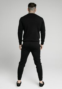 SIKSILK - SIGNATURE TRACK PANTS - Jogginghose - black - 2