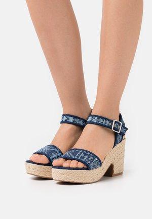 Platform sandals - dark blue