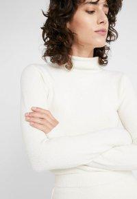 MAX&Co. - CORO - Sweter - white - 5
