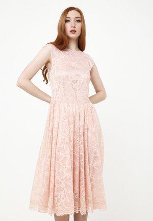 LOTTA - Cocktail dress / Party dress - pfirsich