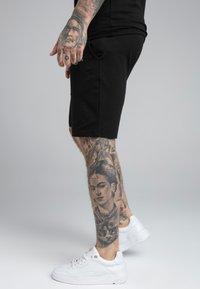 SIKSILK - DUAL LOGO - Shorts - black - 4