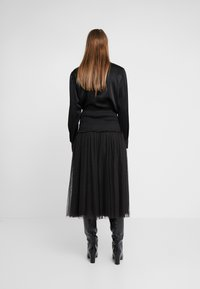 Needle & Thread - SMOCKED KISSES BALLERINA SKIRT - A-Linien-Rock - ballet black - 2