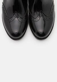 Trendyol - Støvletter - black - 5