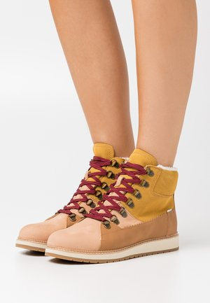 MESA - Lace-up ankle boots - natural