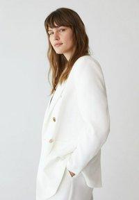 Violeta by Mango - VERONICA - Short coat - benvit - 3