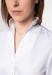 Eterna - MODERN CLASSIC - Button-down blouse - weiß - 2