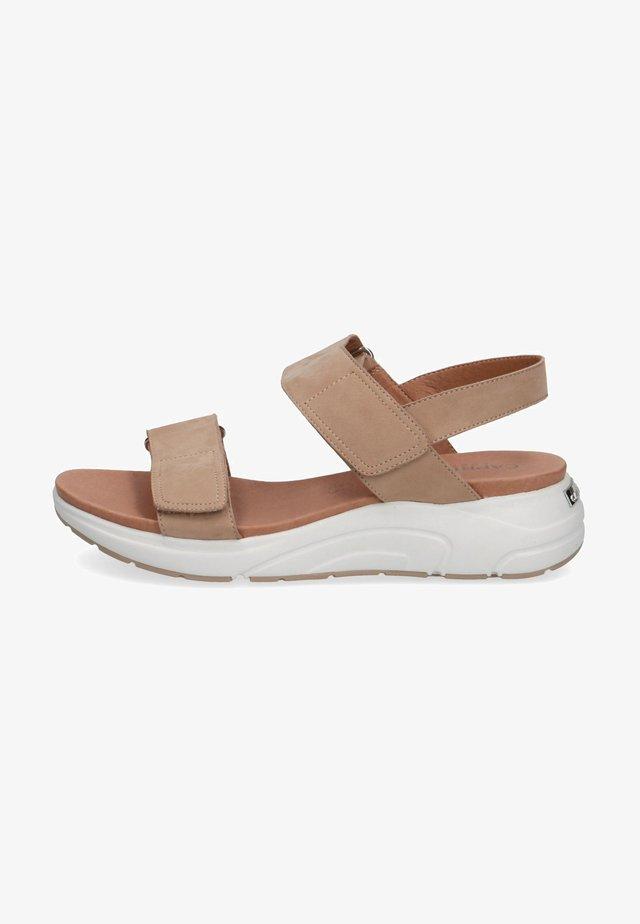 Sandały na platformie - taupe nubuc