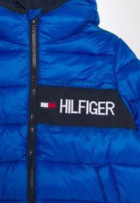 Tommy Hilfiger - ESSENTIAL PADDED JACKET - Chaqueta de invierno - blue - 2