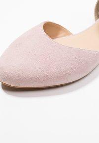 Pier One Wide Fit - Ankle strap ballet pumps - rose - 2