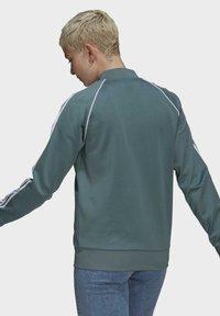 adidas Originals - PRIMEBLUE - Training jacket - green - 2