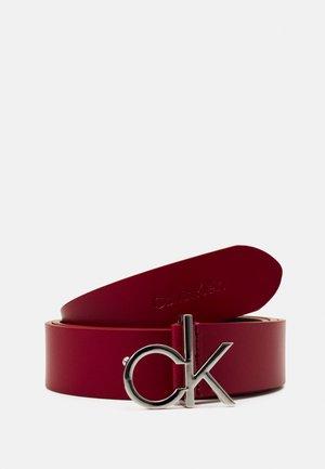LOGO BELT - Ceinture - red currant
