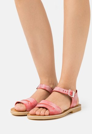 TANGOLA - Sandals - rouge