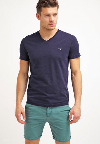 ORIGINAL SLIM V NECK