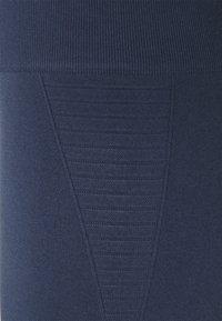 Smilodox - SEAMLESS LEGGINGS - Punčochy - blau - 6