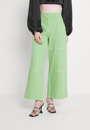 GRITTY TWILL WORKWEAR - Jeans relaxed fit - bright green