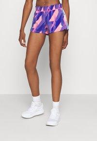 adidas Performance - PACER - Pantalón corto de deporte - signal pink/white - 0
