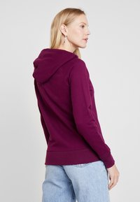GAP - FASH - Zip-up hoodie - beach plum - 3