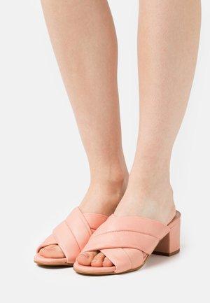 YASPETRI MULES - Sandaler - blush