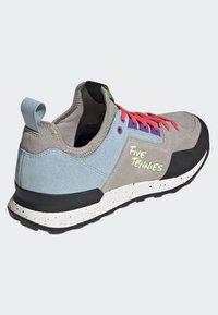 adidas Performance - FIVE TENNIE SHOES - Hiking shoes - brown/grey/purple - 3