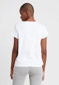 Tommy Hilfiger - ORIGINAL TEE LOGO - Pyjamashirt - white - 2