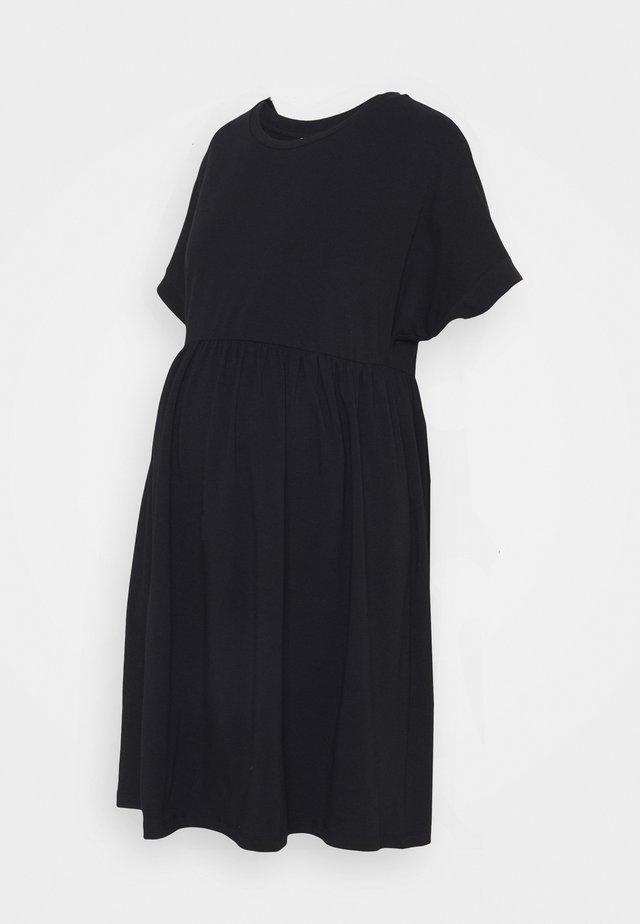 PCMCALLY DRESS - Žerzejové šaty - black