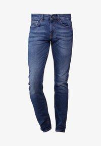 BOSS - DELAWARE  - Slim fit -farkut - medium blue - 4