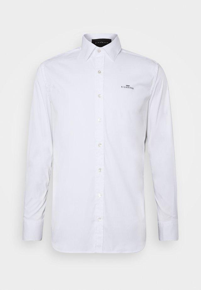 SHIRT MAUNA - Koszula - white