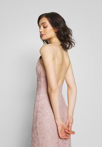 Nly by Nelly - IRRESISTABLE GOWN - Vestido de fiesta - dusty pink - 3