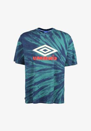 CALIDOSCOPE  - Print T-shirt - bayou / ink / soft yellow / rio red
