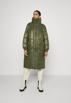 EUSTON - Zimní kabát - grün