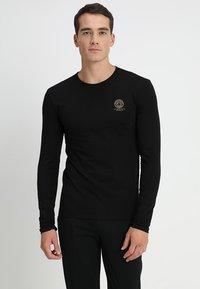Versace - GIROCOLLO - Haut de pyjama - black - 0