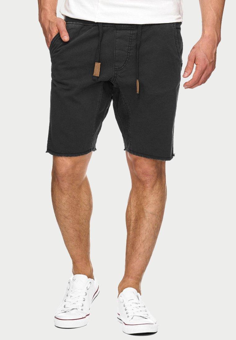 INDICODE JEANS - CARVER - Denim shorts - black