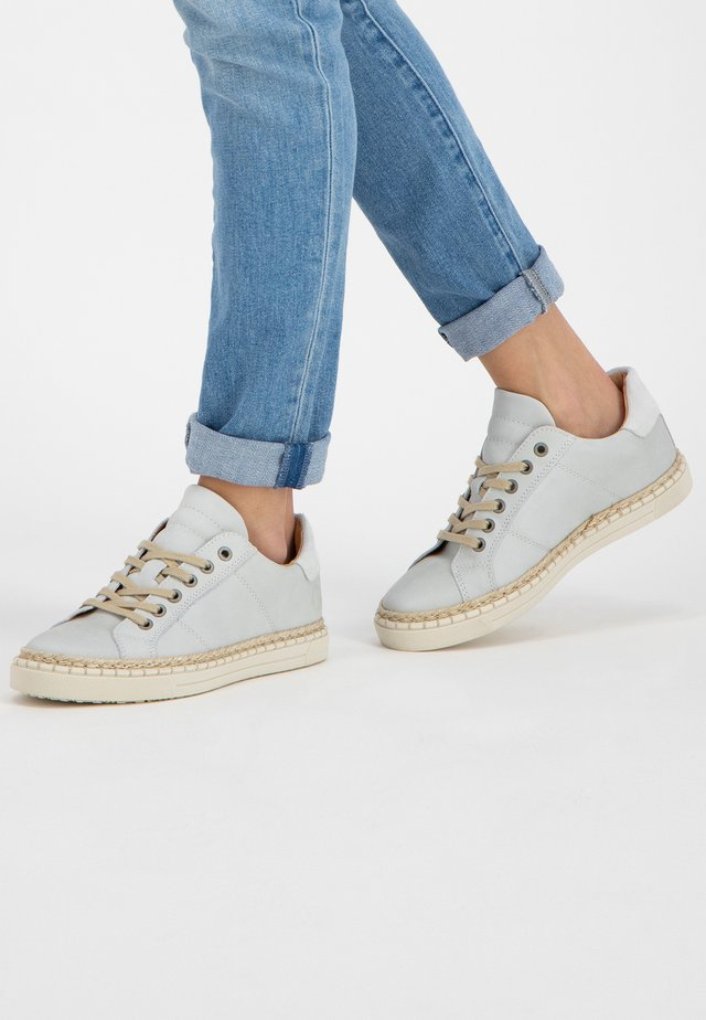MOULINS  - Sneakers laag - off-white